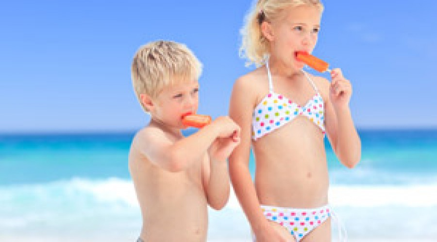 Ten tips for top dental hygiene on holiday
