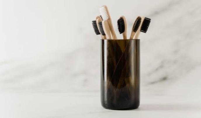 Die richtige Zahnpflege zu Hause: Fünf Tipps