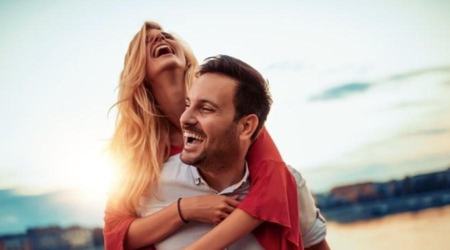 Zahnschmerzen im Urlaub: Erste Hilfe und Verhaltensregeln